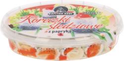 Heringsröllchen (Clupea harengus) mit Paprika