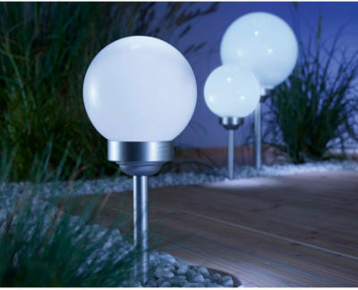 LED Solarkugel mit Erdspieß Bojano Ø 15 cm