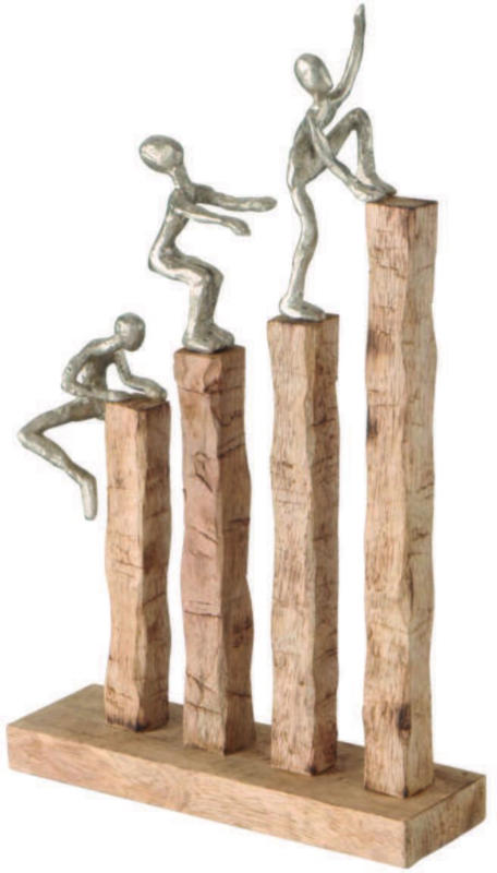 Skulptur Climbing in Naturfarben
