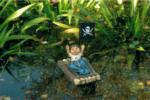 Ubbink Zwerg sitzend auf Floß, 15x11x18cm