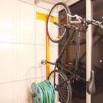 Wolff Finnhaus Wand-Fahrradhalter 20 für Sapporo, Yokohama, Osaka, Nagoya, Tokio