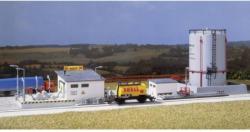 Auhagen 12 264 H0, TT Kleines Tanklager mit Hochtank