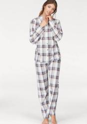 Pyjama in klassischer Form