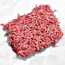 Frisches Hackfleisch, gemischt aus Schweine- und Rindfleisch,  je 1 kg