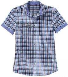 Herren-Seersucker-Hemd mit kleinem Aufdruck