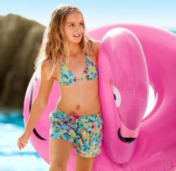 Mädchen-Badeshorts mit Flamingo-Muster
