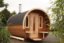 Saunafass de luxe - 280 cm inkl. Dachschindeln - Variante: komplett montiert, Dachschindelfarbe: schwarz