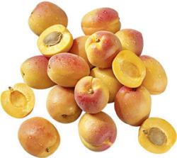 Italien Aprikosen Kennzeichnung siehe Etikett, jede 1-kg-Schale