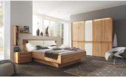 Schlafzimmer in Creme, Buchefarben