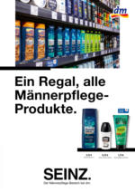 Ein Regal, alle Männerpflege- Produkte.