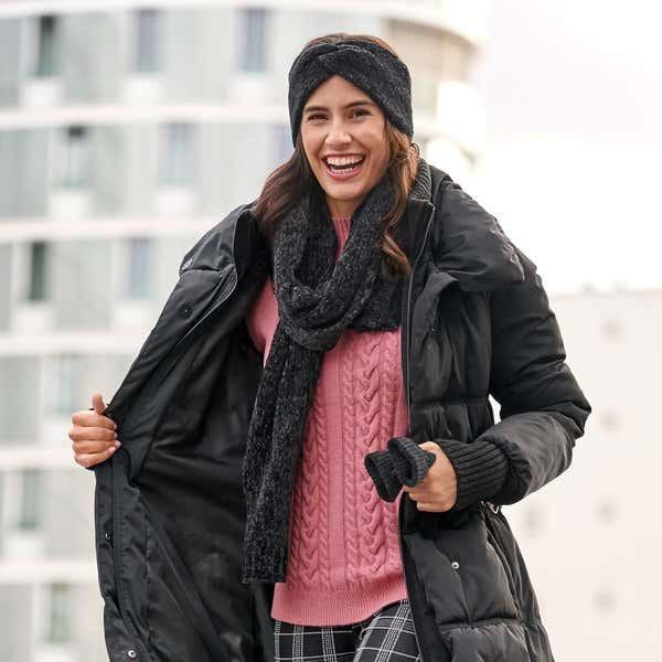 Damen-Pullover mit Spitze am Ärmel