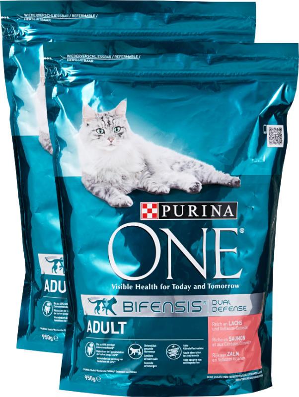 Nourriture sèche pour chats Adult Purina One , Saumon & Céréales complètes, 2 x 950 g